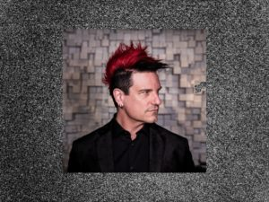 An image of Klayton, front man of the band Scandroid.